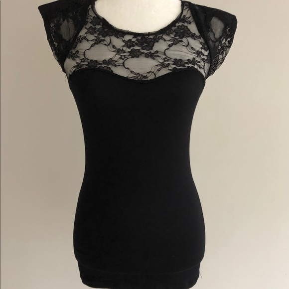 Metropark Tops - Lace Back Top